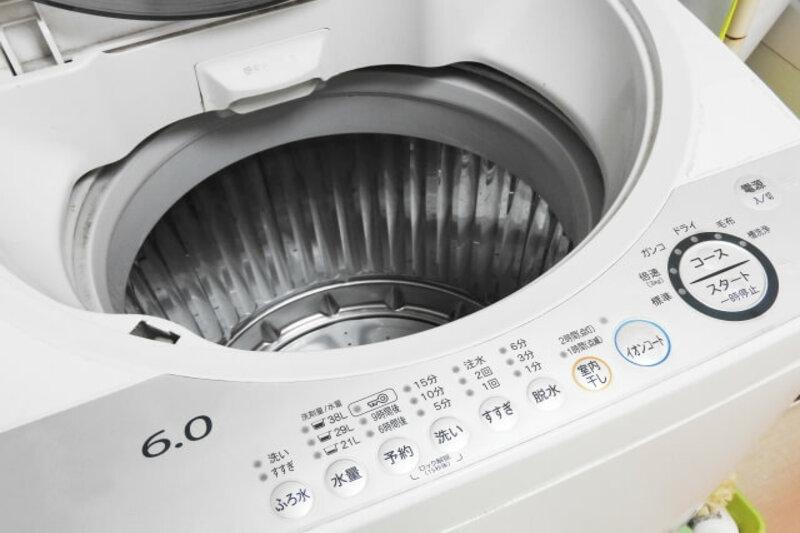 引っ越し準備で行う洗濯機の水抜きって?やり方とその注意点